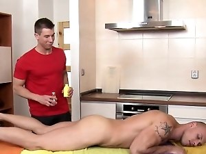 Wild hunk gets a raucous oral-service delight from twink