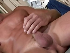 Gay amateur shows he is a pro when it comes to masturbation